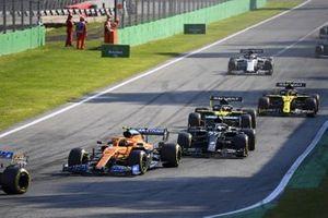 Lando Norris, McLaren MCL35, Valtteri Bottas, Mercedes F1 W11, Daniel Ricciardo, Renault F1 Team R.S.20, and Esteban Ocon, Renault F1 Team R.S.20