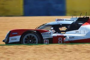 Toyota TS050: №8 команды Toyota Gazoo Racing: Себастьен Буэми, Казуки Накаджима, Брендон Хартли