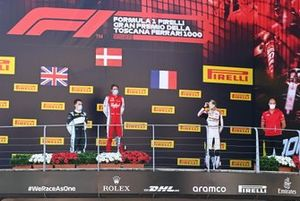 Frederik Vesti, Prema Racing, celebrates on the podium with Theo Pourchaire, ART Grand Prix and Jake Hughes, HWA Racelab