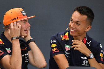 Max Verstappen, Red Bull Racing, e Alexander Albon, Red Bull