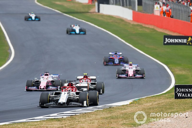 Kimi Raikkonen, Alfa Romeo Racing C38, Antonio Giovinazzi, Alfa Romeo Racing C38, Sergio Perez, Racing Point RP19, y Lance Stroll, Racing Point RP19