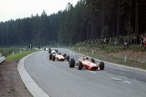 Chris Amon, Ferrari, Jacky Ickx, Ferrari en John Surtees, Honda
