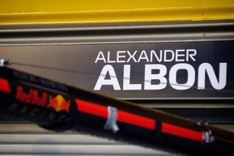 ألكسندر ألبون، ريد بُل ريسينغ