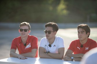 Callum Ilott, Sauber Junior Team by Charouz Guanyu Zhou, UNI Virtuosi Racing and Giuliano Alesi, Trident