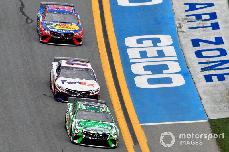 Kyle Busch, Joe Gibbs Racing, Toyota Camry Interstate Batteries and Denny Hamlin, Joe Gibbs Racing, Toyota Camry FedEx Office