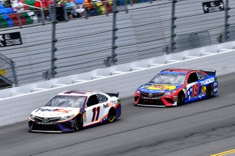 Denny Hamlin, Joe Gibbs Racing, Toyota Camry FedEx Office. Martin Truex Jr., Joe Gibbs Racing, Toyota Camry Bass Pro Shops / TRACKER ATVs & Boats / USO