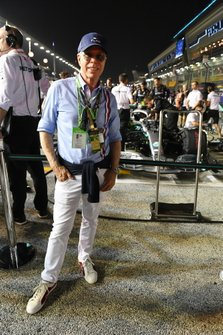 Tommy Hilfiger on the grid