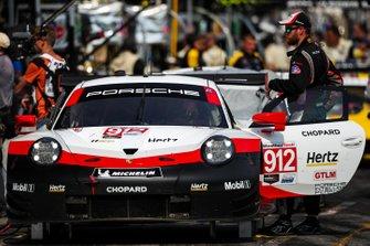 #912 Porsche GT Team Porsche 911 RSR, GTLM: Laurens Vanthoor, Earl Bamber