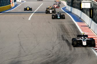 Nyck De Vries, ART Grand Prix and Nicholas Latifi, Dams