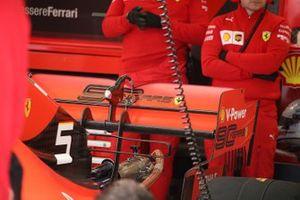 Sebastian Vettel, Ferrari SF90 rear wing detail