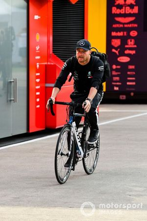 Valtteri Bottas, Mercedes AMG F1 arrives on a bike