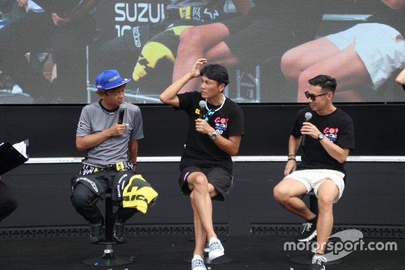 脇阪寿一(#60 LM corsa)、谷口信輝、小林可夢偉(#00 Mercedes-AMG Team Goodsmile)