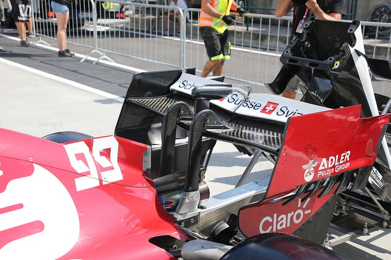 Alfa Romeo Racing C38, rear wing