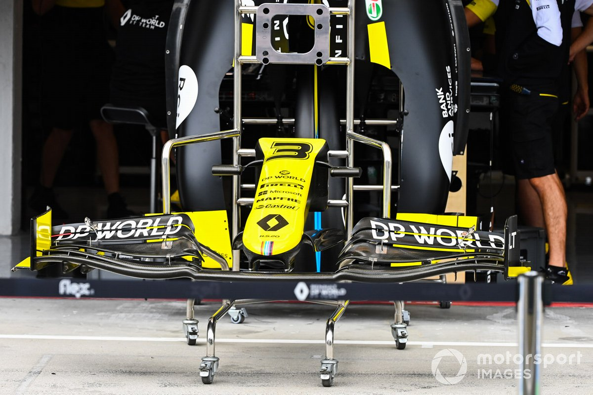 A front wing of the Daniel Ricciardo, Renault F1 Team R.S.20