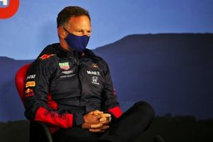 Christian Horner, Team Principal, Red Bull Racing durante la conferenza stampa