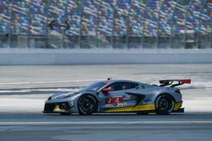 #4: Corvette Racing Corvette C8.R, GTLM: Oliver Gavin, Tommy Milner