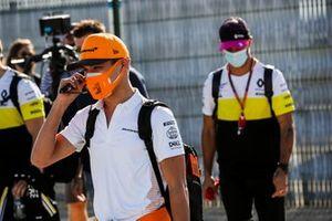 Lando Norris, McLaren and Daniel Ricciardo, Renault F1