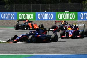 Clement Novalak, Carlin, leads Devlin DeFrancesco, Trident, Liam Lawson, Hitech Grand Prix, and Richard Verschoor, MP Motorsport