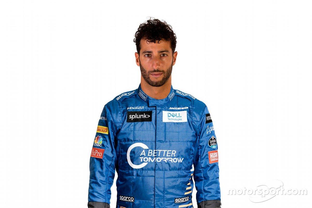 Montaje de Daniel Ricciardo con el mono de McLaren