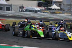 Ugran Filip-Ioan, Jenzer Motorsport affiancato a, Pietro Delli Guanti, BVM Racing