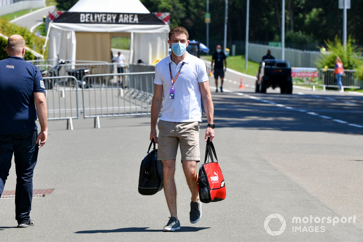 Paul di Resta, Sky, TV arrives at the track