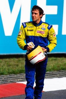 Luca Badoer, Minardi crying