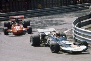 Rolf Stommelen, Surtees TS9 Ford, Andrea de Adamich, March 711 Alfa Romeo