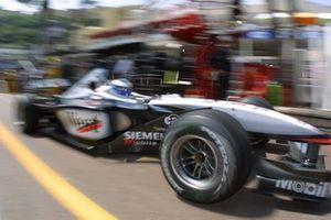 Mika Hakkinen, McLaren Mercedes MP4-16