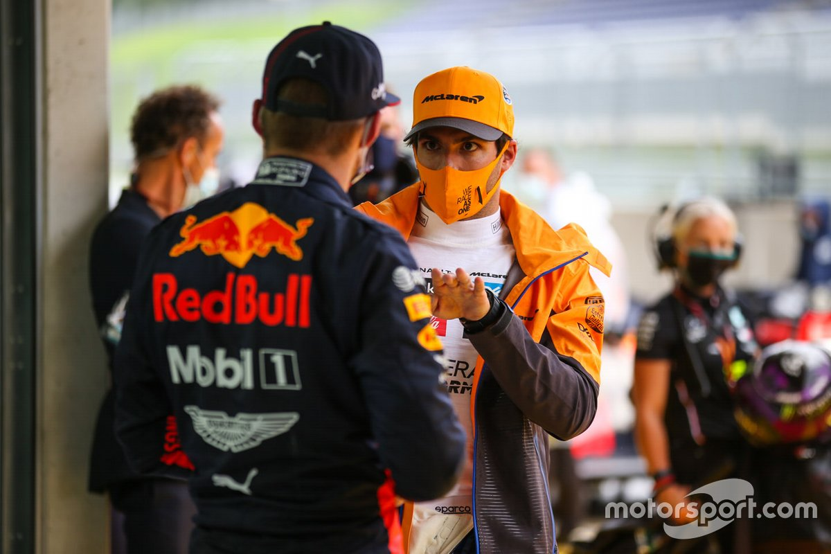 Carlos Sainz Jr., McLaren, Max Verstappen, Red Bull Racing