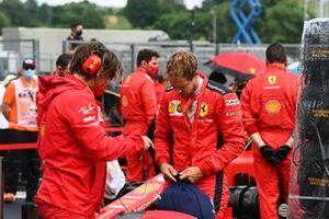 Себастьян Феттель, Ferrari, на стартовой решетке