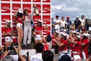 René Arnoux, Renault celebra su primera victoria en un Gran Premio