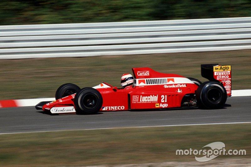 #21: Emanuele Pirro (Scuderia Italia)