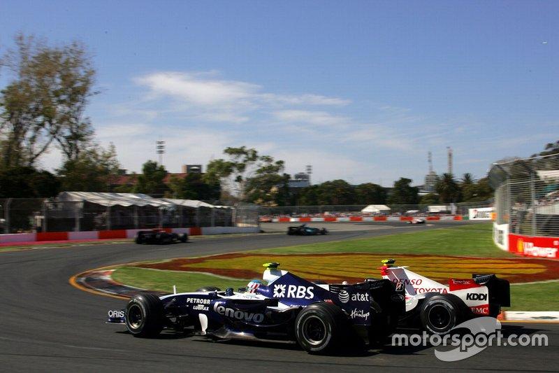 Alex Wurz, Williams FW29, Jarno Trulli, Toyota TF107