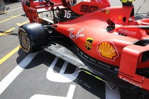 Detalle lateral Ferrari SF90