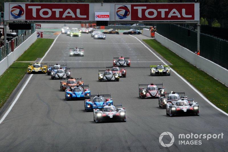El WEC decidió posponer las 6 horas de Spa, previstas del 23 al 25 de abril, aunque está buscándoles una nueva fecha. Después de la cita belga, solo quedarían las 24 horas de Le Mans (13-14 de junio) para acabar la temporada 2019/20.
