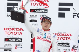 Podium: second place Naoki Yamamoto, Dandelion Racing
