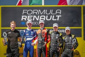 Podyum: 2. yarış galibi Lorenzo Colombo, MP motorsport, w. Alexander Smolyar, R-ACE GP, 3. Victor Martins, MP motorsport