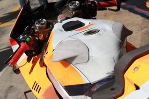 Jorge Lorenzo, Repsol Honda Team's Honda tank