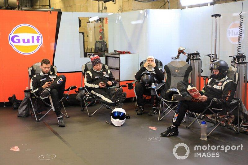 Gulf Racing members
