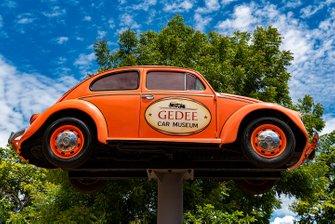 GeDee Car Musuem entry signage