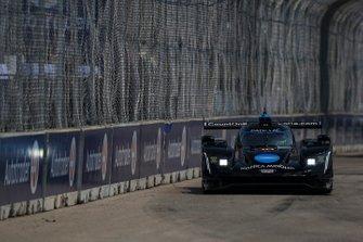#10 Konica Minolta Cadillac DPi-V.R. Cadillac DPi, DPi: Renger Van Der Zande, Jordan Taylor