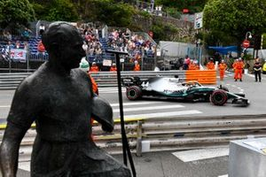 Lewis Hamilton, Mercedes AMG F1 W10, passes the Fangio memorial