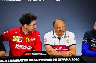 Mattia Binotto, Team Principal Ferrari, e Frederic Vasseur, Team Principal, Alfa Romeo Racing, ad una conferenza stampa