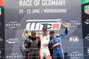 Podium: Race winner Johan Kristoffersson, SLR Volkswagen Volkswagen Golf GTI TCR, second place Frédéric Vervisch, Comtoyou Team Audi Sport Audi RS 3 LMS, third place Augusto Farfus, BRC Hyundai N LUKOIL Racing Team Hyundai i30 N TCR