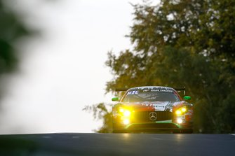#17 Mercedes-AMG GT3, GetSpeed Performance Sponsor: Rooster Rojo J2Racing: John Shoffner, Janine Hill, Fabian Schiller, Markus Palttala
