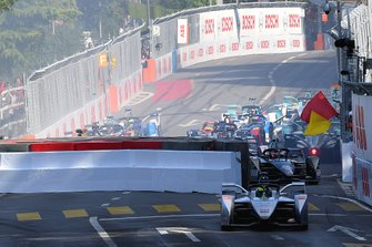 Felipe Massa, Venturi Formula E, Venturi VFE05, cuts chicane after crash