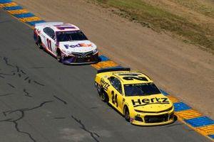 William Byron, Hendrick Motorsports, Chevrolet Camaro Hertz and Denny Hamlin, Joe Gibbs Racing, Toyota Camry FedEx Ground