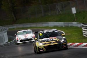 #10 Max Kruse Racing VW Golf Gti TCR: Andreas Gülden