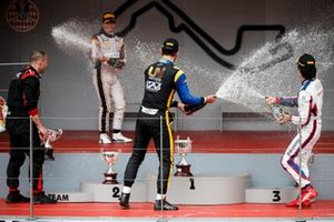 Luca Ghiotto, UNI Virtuosi Racing, Race winner Nyck De Vries, ART Grand Prix and Nobuharu Matsushita, Carlin celebrate on the podium with the champagne
