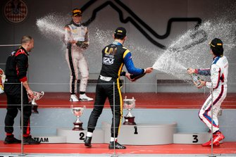 Luca Ghiotto, UNI Virtuosi Racing, Race winner Nyck De Vries, ART Grand Prix and Nobuharu Matsushita, Carlin celebrate on the podium with the champagne